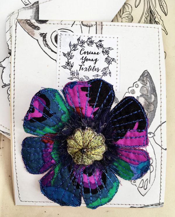 Sapphire-Green Poppy Flower Brooch (Pouch)